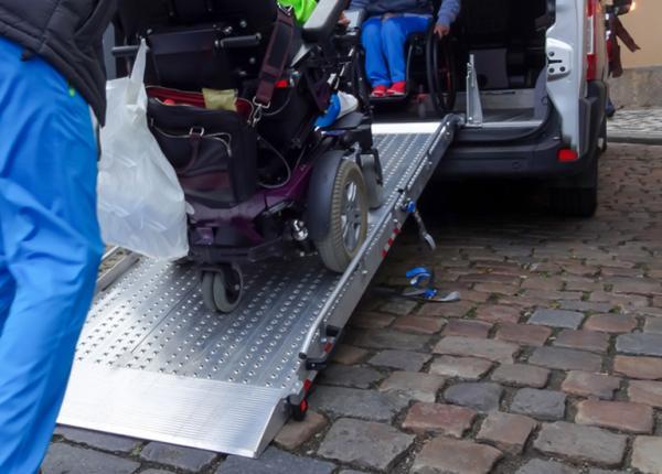 Wózek wkładany do karetki